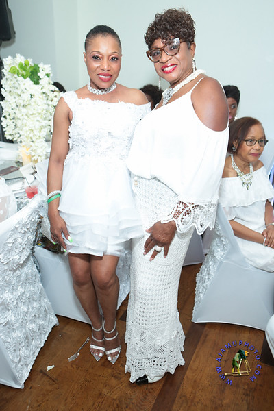 SHERRY SOUTHE WHITE PARTY  2019 re-200.jpg