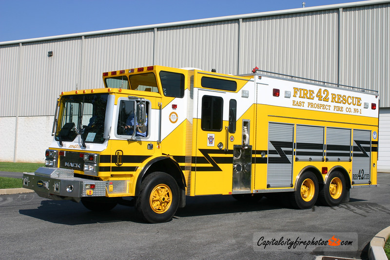 East Prospect Rescue 42: 1980 Mack/1994 LDI 1000/1500
