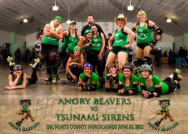 Group Shots from Angry Beavers @ Tsunami Sirens