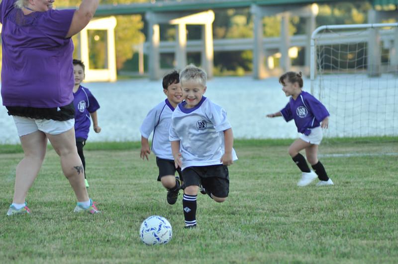 ayso-soccer-game1-0033.jpg