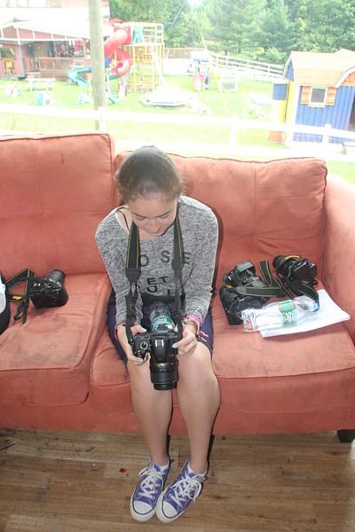 kars4kids_thezone_camp_GirlDivsion_workshops_Photography (35).JPG