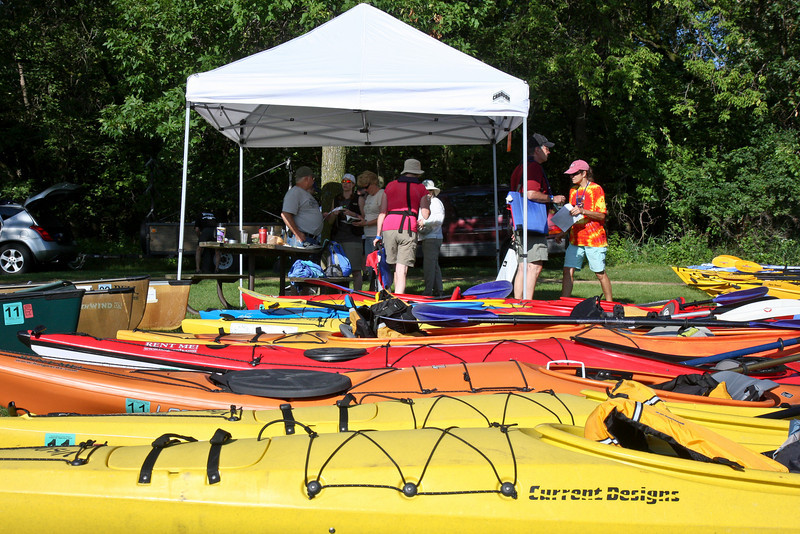 The area around the put-in point was a riot of brightly colored kayaks and canoes, several hundred in all!
