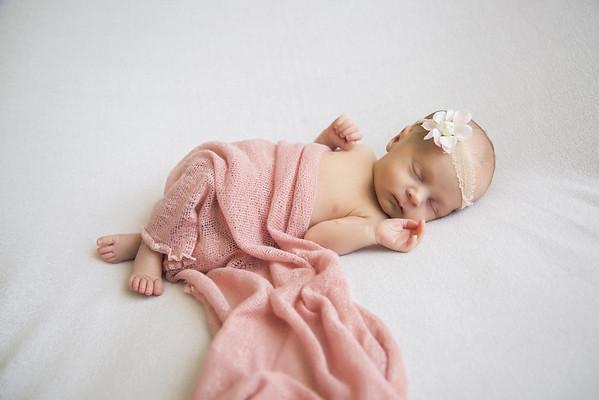 Indiana & Talia Brown Newborn