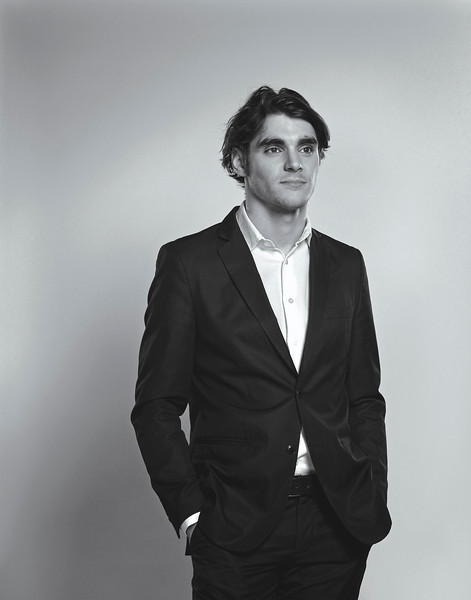RJMitte©HalShinnie.jpg