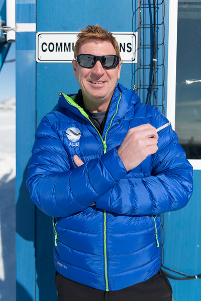 Climb Antarctica Women -1-11-18098505.jpg