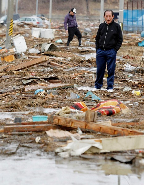 JapanEarthquake2011-299.jpg