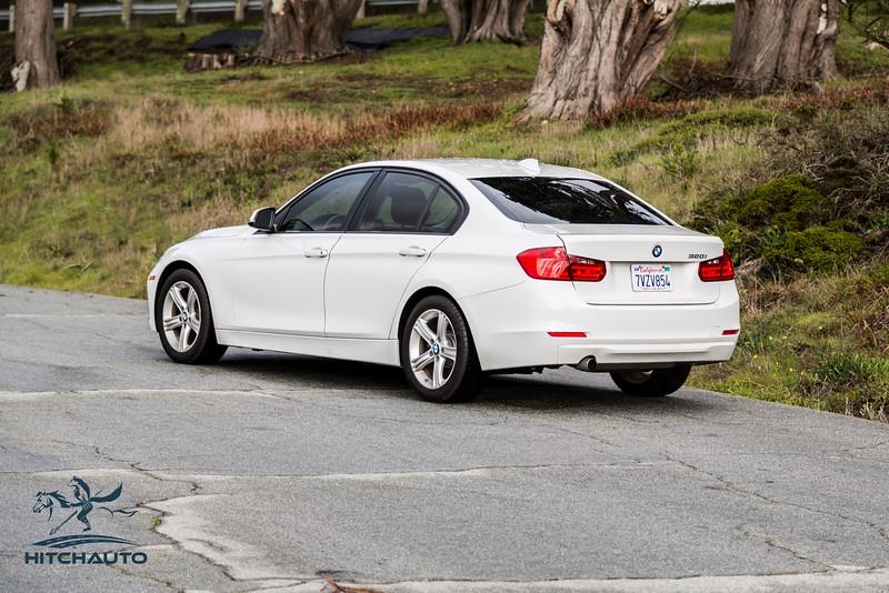 BMW 320i White 7VZV8584_LOGO-8.jpg