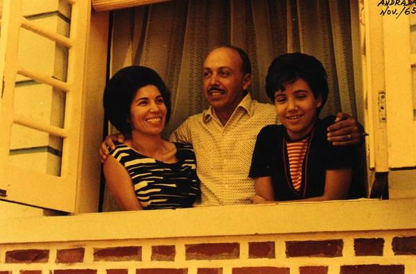 A família Melo Abreu (Ester, Fernando e Misita) - Andrada, Nov/65