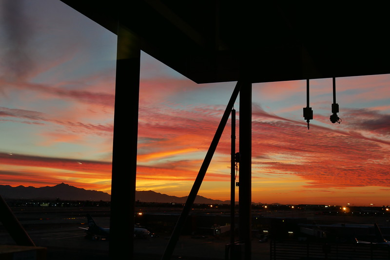 Gorgeous sunset at Phoenix Sky Harbor Airport
