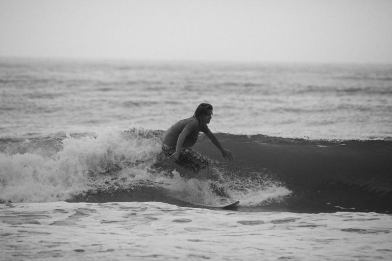 Surf_BW_021.jpg
