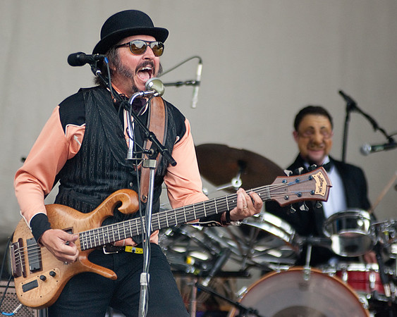 Les Claypool w/ The Fungi Band