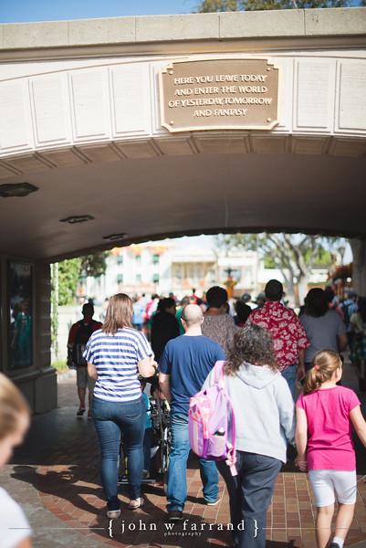 Collins Family - Disneyland-0003.jpg