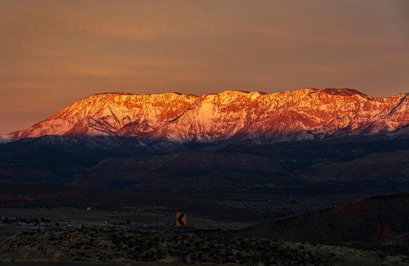 Zion-area-sunrise2.jpg