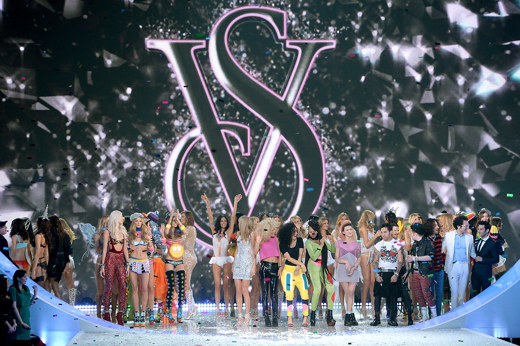 . A general view of atmosphere at the 2013 Victoria\'s Secret Fashion Show at Lexington Avenue Armory on November 13, 2013 in New York City.  (Photo by Dimitrios Kambouris/Getty Images for Victoria\'s Secret)