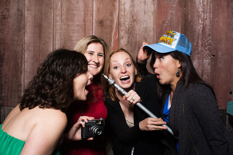 KatieTylerWeddingPhotobooth-0404.jpg