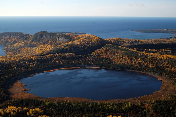 Small_teal_lake_and_lake_superior_in_autumn_BT (1).jpg