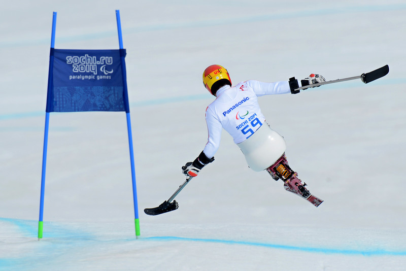 . Japan\'s Takeshi Suzuki competes to bronze during Men\'s Downhill Sitting at XI Paralympic Olympic games in the Rosa Khutor stadium close to Sochi on March 8, 2014. (KIRILL KUDRYAVTSEV/AFP/Getty Images)