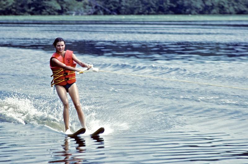 Circa:1982. Jan skiing