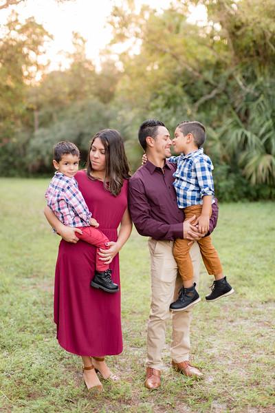 Ariza Family 2020-45.jpg