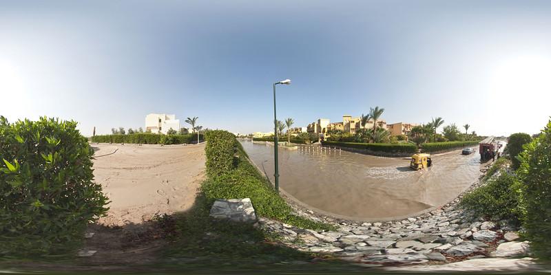 aqua018 Panorama_sphere.jpg