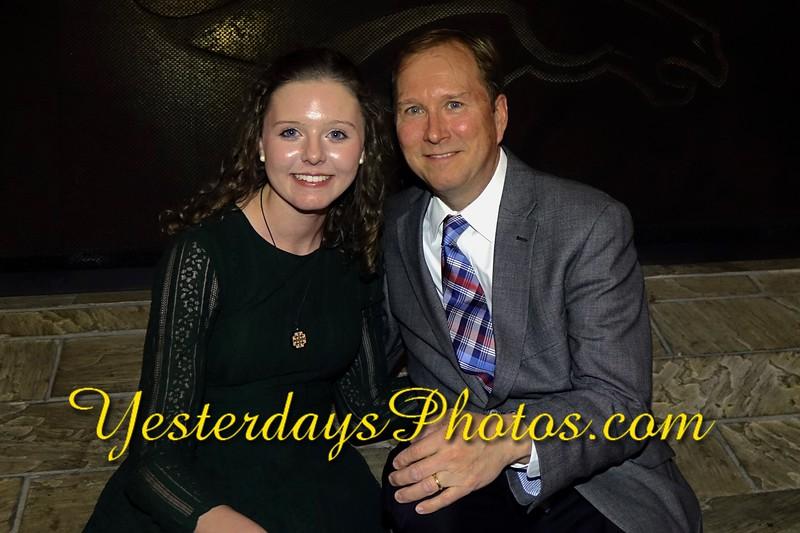 YesterdaysPhotos.com-R2018_037.jpg