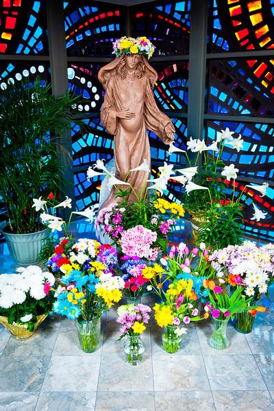 20140505 Mary and Crucifix-9504.jpg