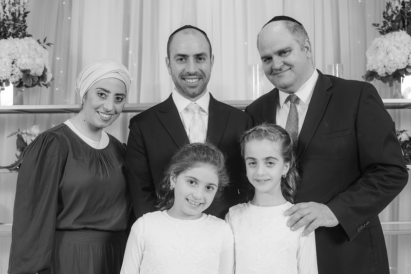 Miri_Chayim_Wedding_BW-135.jpg