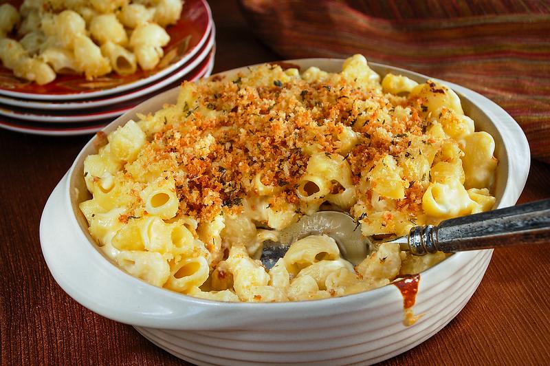 Mac n Cheese - scoop-2.png