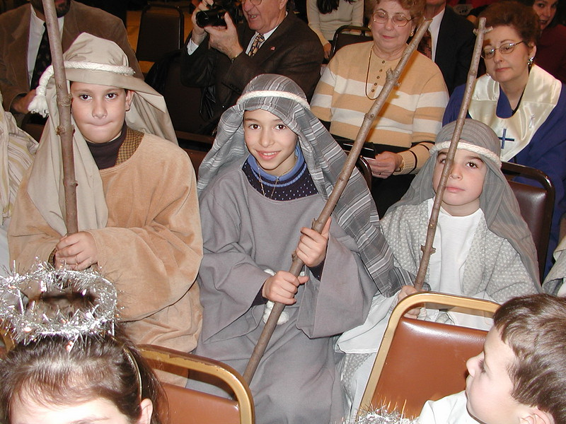 2002-12-21-HT-Christmas-Pageant_081.jpg