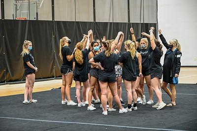 Cheerleader Indoor Practice