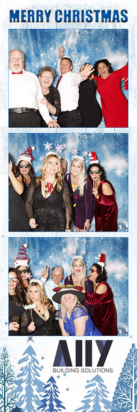 2018 ALLY CHRISTMAS PARTY BOOTH STRIPS_27.jpg