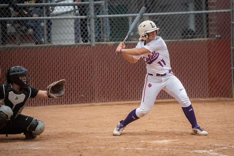 1905_18_softball_super_regional-2728.jpg