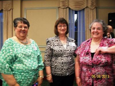 Elaine Charest, claire Genereux, Louise Andree Poirier.JPG