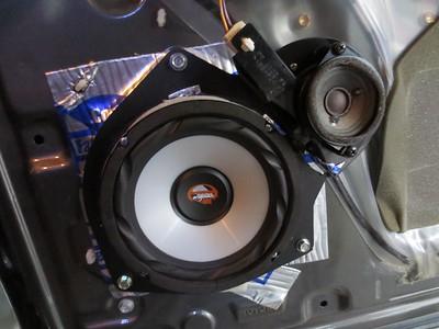 2005 Toyota Sequoia SR5 Front Door Speaker Installation - USA