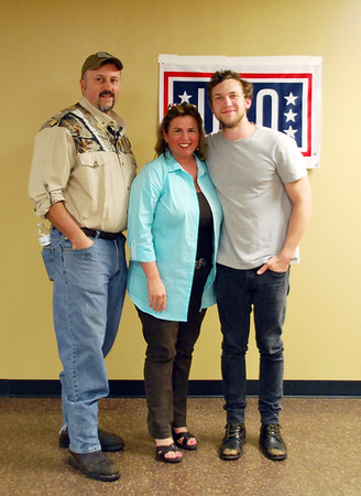 USO presents Phillip Phillips