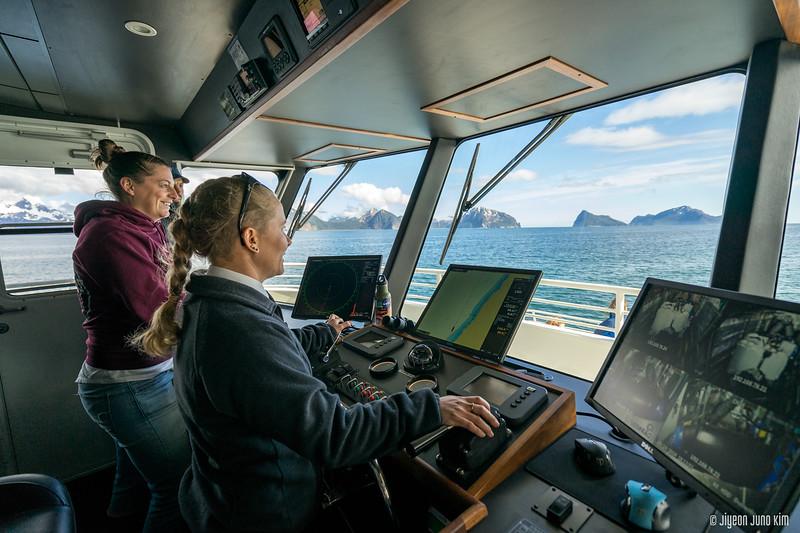 Kenai Fjords 360 Inaugural Cruise-0387-Juno Kim.jpg