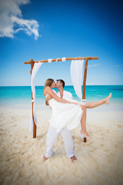 Beach Destination Wedding at Grand Isle Resort in Exuma Bahamas photo by Reno Curling #renocurling