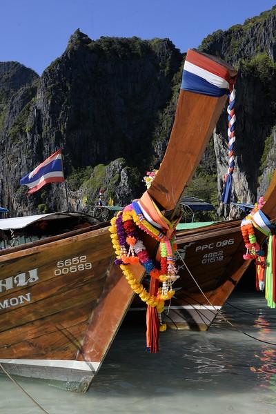 _DG17521-12R Maya Bay Boats.JPG