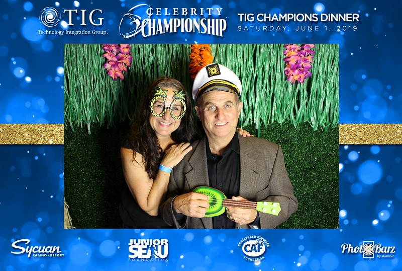 Celebrity Golf Sat Night38.jpg