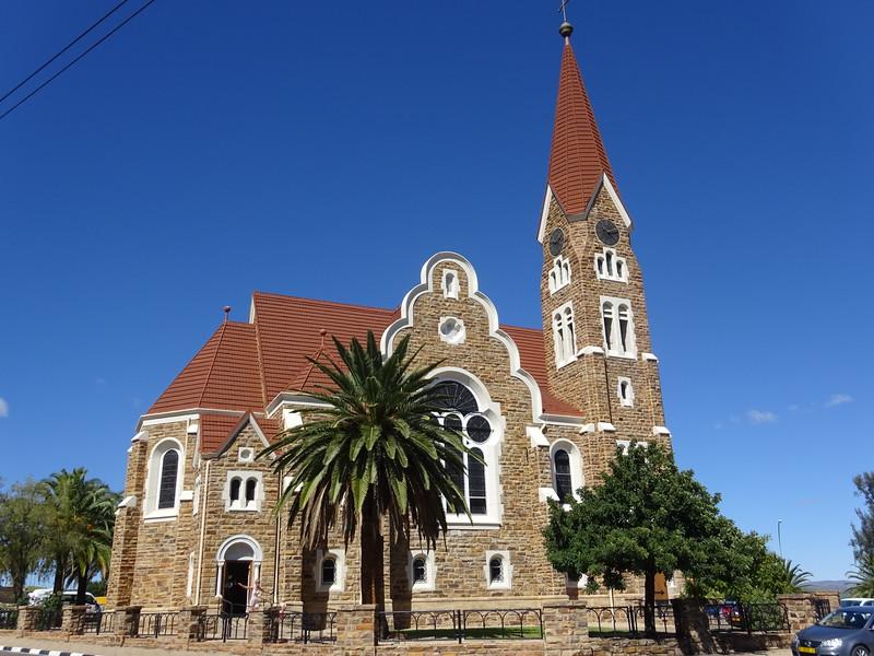 020_Windhoek. Christuskirche (Christ Church). 1907. German Lutherian. Neogotic and Art Nouveau Style. Évoque une maison en pain d'épice.JPG