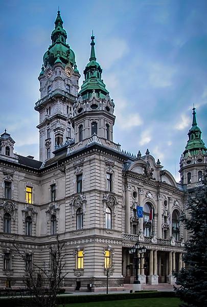 Gyor Town Hall.jpg