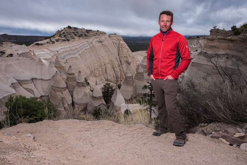 Tent rock hike portraits-13.jpg