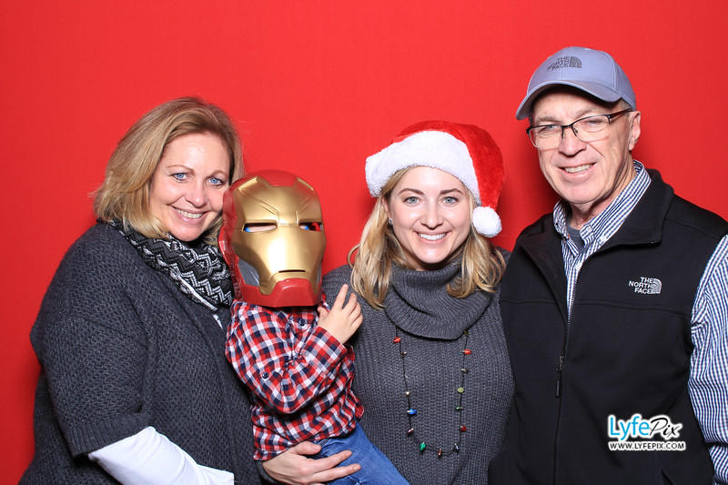 eastern-2018-holiday-party-sterling-virginia-photo-booth-0201.jpg
