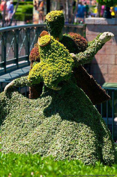 Topiary at EPCOT