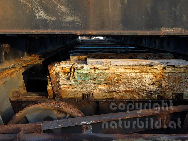 16B-04-16 - Schiff Ziehanlage