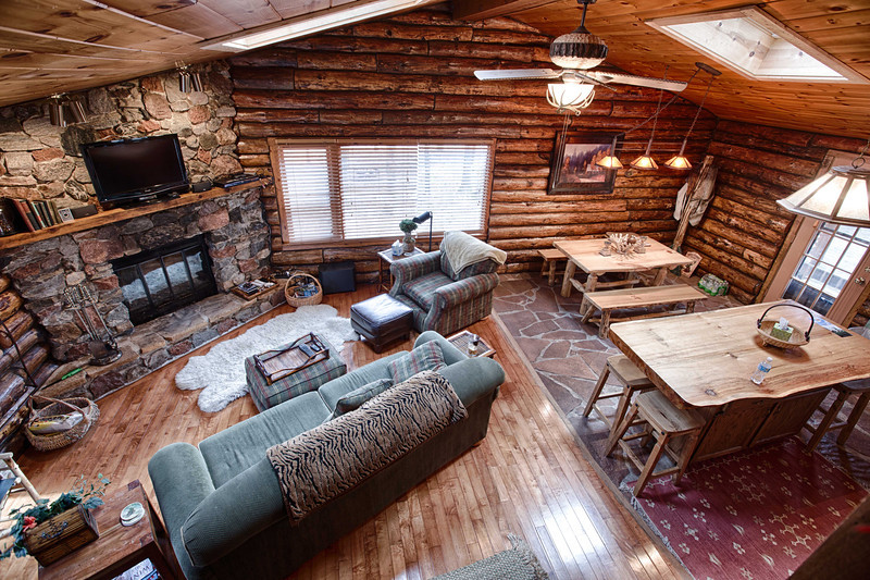 Cabin-10.jpg