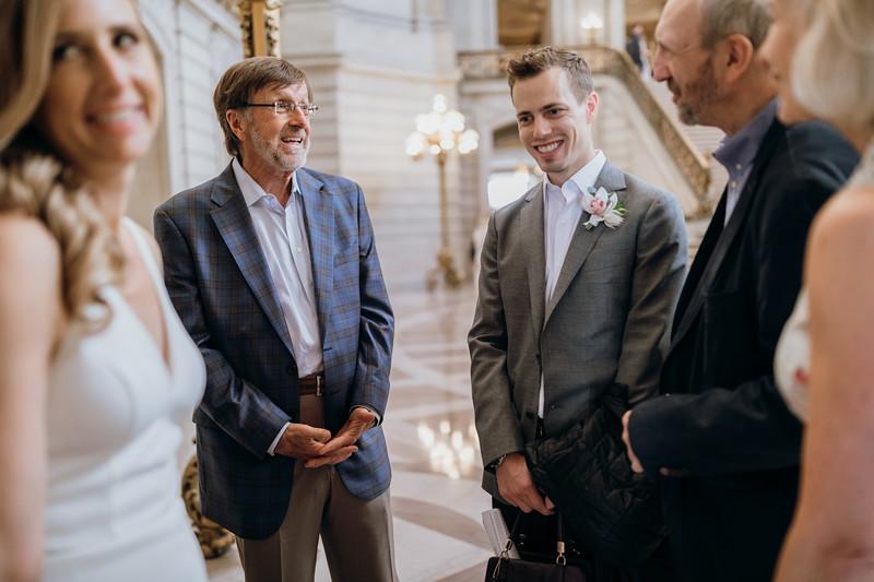 2018-10-04_ROEDER_EdMeredith_SFcityhall_Wedding_CARD1_0143.jpg