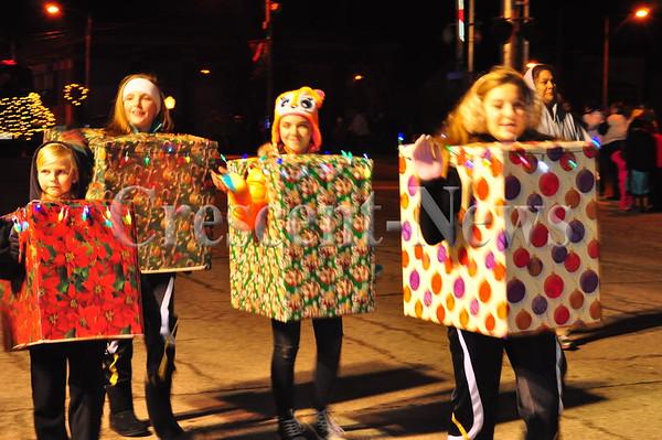 11-29-14 NEWS Wauseon Christmas Parade