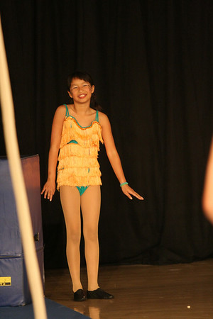 Circus 2010 - mini tramp