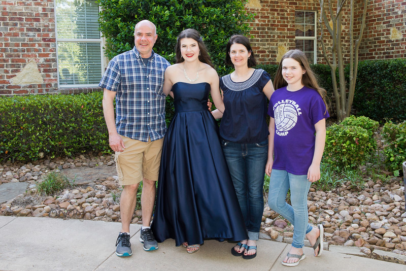 2019-04-27 Legacy Prom Pictures 030.jpg